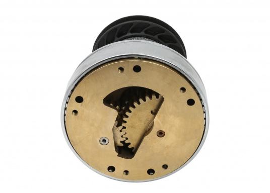 Die EVO® Winden bestechen durch hohen Bedienkomfort und beste Qualität. Die einfache Handhabung macht es möglich, diese Winde ohne zusätzliches Werkzeug zu installieren. Aufrüstbar zur Eletrowinsch. Material: Bronze, verchromt.  (Bild 2 von 2)
