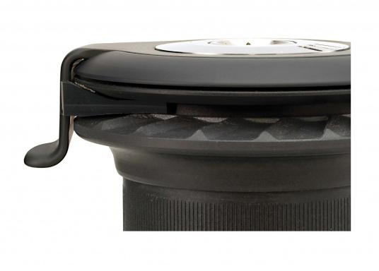 Les nouveaux winchs self-tailing XTd'antal sont dotés d'un tout nouveau design moderne associé à la qualité de fabrication propre à antal.  (Image 2 de 6)