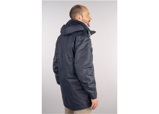Die elegante Allwetter-Jacke von Marinepool schützt Sie bei Wind und Wetter. Ausgestattet mit einem hohen Kragen und Teddyfell im Brustbereich und in der Kapuze bietet die NILAS Jacke erstklassigen Schutz an kalten Regentagen. (Bild 4 von 12)