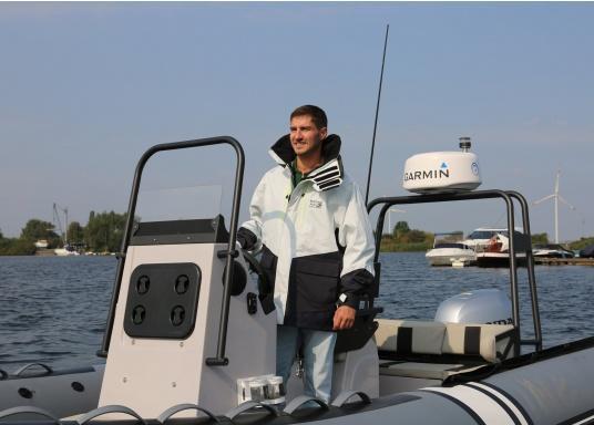 AUCKLAND Offshore è il compagno perfetto per ogni viaggio in barca a vela e offre tutti i requisiti in termini di comfort, traspirabilità e impermeabilità. (Immagine 8 di 8)