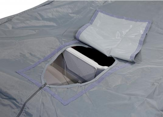 Tarpaulin cover for SEATEC AEROTEND 220 and AEROTEND 240 inflatable boats.The tarpaulin cover is tightened with ropes. (Afbeelding 2 of 5)