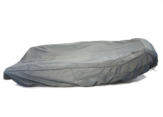 Tarpaulin cover for SEATEC PRO SPORT 310 and PRO ADVENTURE 310 inflatable boats.The tarpaulin cover is tightened with ropes. (Imagen 4 de 5)