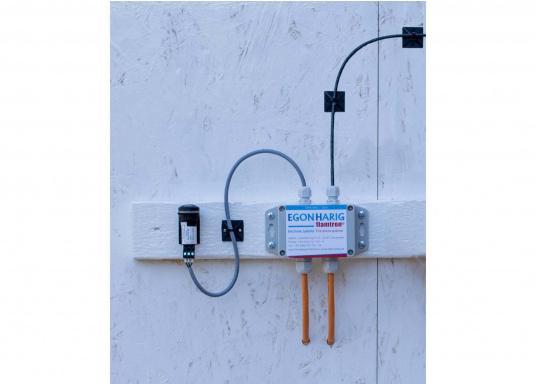 Système d'extinceur très efficace, à déclenchement automatique pour éteindre un départ d'incendie en quelques secondes. Le BOAT AND YACHT M1-2 convient aux espaces jusqu'à un volume de 1,0 m³. (Image 4 de 6)