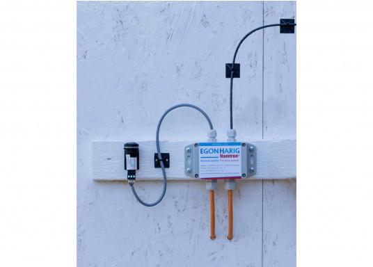 Sistema antincendio efficace che si attiva automaticamente in caso di incendio e lo spegne in pochi secondi. Il BOAT AND YACHT M1-4 è adatto per spazi di dimensioni nette fino a 2,9 m³. (Immagine 2 di 6)