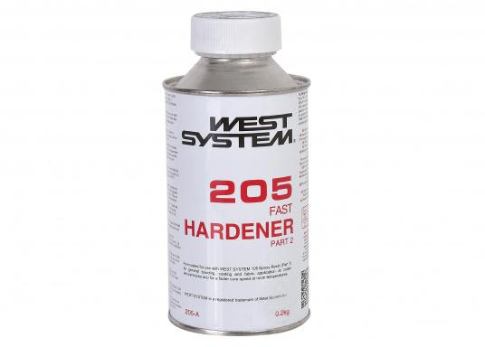 Der Härter 205 wird eingesetzt, wenn es darum geht, eine besonders schnelle Aushärtung des Harzes zu erreichen..Gemischt mit dem Harz 105 ergibt dieausgehärtete Mischung einen hochfesten, starren Körper mit sehr gutenKohäsionseigenschaften.