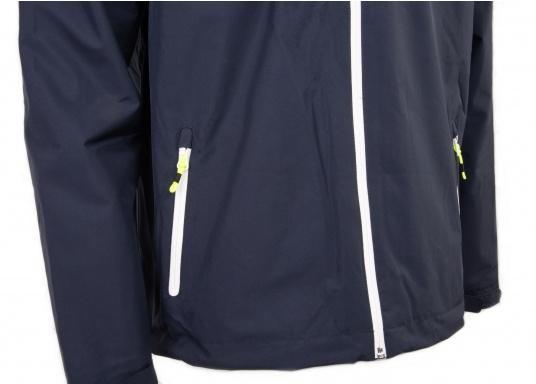 Cette veste Club pour homme de chez Marinepool est légère et fonctionnelle, coupe-vent, imperméable et respirante. Parfaitement adaptée pour un usage extérieur, à terre ou en navigation. (Image 8 de 11)