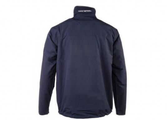 Cette veste Club pour homme de chez Marinepool est légère et fonctionnelle, coupe-vent, imperméable et respirante. Parfaitement adaptée pour un usage extérieur, à terre ou en navigation. (Image 5 de 11)