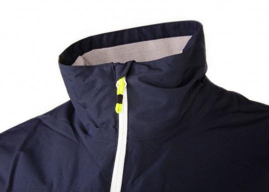 Cette veste Club pour homme de chez Marinepool est légère et fonctionnelle, coupe-vent, imperméable et respirante. Parfaitement adaptée pour un usage extérieur, à terre ou en navigation. (Image 6 de 11)