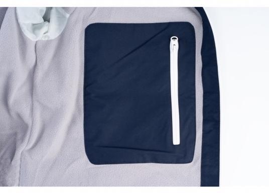 Cette veste Club pour homme de chez Marinepool est légère et fonctionnelle, coupe-vent, imperméable et respirante. Parfaitement adaptée pour un usage extérieur, à terre ou en navigation. (Image 10 de 11)