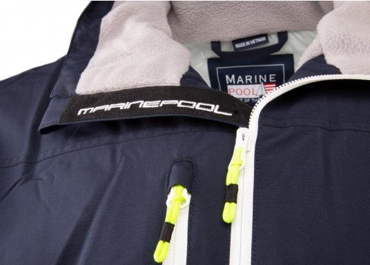 Cette veste Club pour homme de chez Marinepool est légère et fonctionnelle, coupe-vent, imperméable et respirante. Parfaitement adaptée pour un usage extérieur, à terre ou en navigation. (Image 3 de 11)