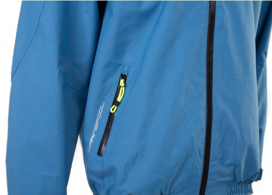 The right choice for every outdoor sports fan! The CARDIFF waterproof and breathable jacket from Marinepool consists of a high-quality 2-layer fabric with MPU membrane and stands out with its modern design and functionality. Available in sizes XS - XXXL. Colour: steel (Image 10 of 12)