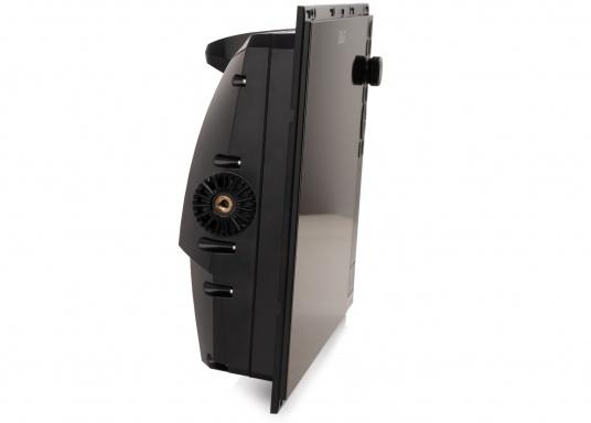 Der Zeus³ 16 ist ein einfach zu bedienendes Kartenplotter-Navigationssystem für Blauwassersegler und Regatta-Segler mit einem 16-Zoll Touchscreen-Display, leistungsstarker Elektronik, und einem großen Funktionsbereich, der speziell für den Segler entwickelt wurde. Lieferung inklusive AMEC AIS-Transponder CAMINO 108S (integr. Splitter) und NMEA2000 Starter Kit. (Bild 7 von 11)