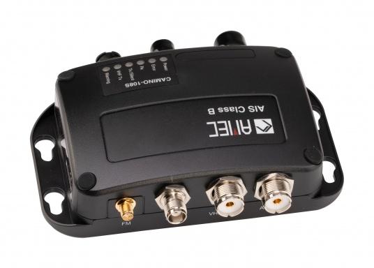 Der Zeus³ 16 ist ein einfach zu bedienendes Kartenplotter-Navigationssystem für Blauwassersegler und Regatta-Segler mit einem 16-Zoll Touchscreen-Display, leistungsstarker Elektronik, und einem großen Funktionsbereich, der speziell für den Segler entwickelt wurde. Lieferung inklusive AMEC AIS-Transponder CAMINO 108S (integr. Splitter) und NMEA2000 Starter Kit. (Bild 3 von 11)