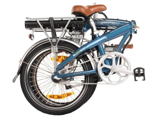 Mit dem neuen Alu-E-Bike BLIZZARD PRO wird der Weg zum Ziel. Als Weiterentwicklung des beliebten Vorgängermodells BLIZZARD, profitieren Sie von neuen Features für noch mehr Reichweite und Flexibilität. Für einen einfachen Transport ist eine Packtasche bereits im Lieferumfang enthalten. (Bild 3 von 12)