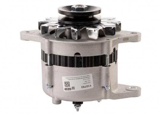 Questo alternatore / generatore è identico all'alternatore / generatore originale Yanmar 129772-77200. (Immagine 2 di 3)