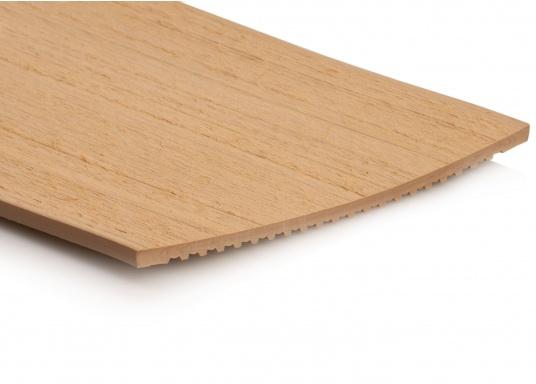 ISITEEK lässt jedes Deck hochwertig und elegant aussehen! Der Decksbelag besteht aus recycelbaren Verbundwerkstoffen und erweckt dank seiner Optik den Anschein eines echten Teakdecks.