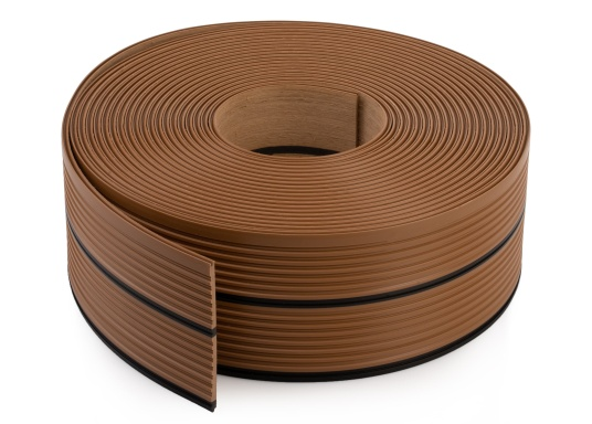 ISITEEK makes every deck look high-quality and elegant! This deck covering is made of recyclable composite materials and gives the appearance of a real teak deck. (Image 3 of 6)