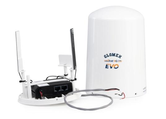 With the weBBoat® Lite EVO Wi-Fi antenna from Glomex, it is now even more affordable to surf the Internet. The weBBoat Lite EVO combines 4G, 3G and WiFi in one system. Easy to install and setup, with automatic switching between WLAN and mobile data usage. (Imagen 2 de 8)