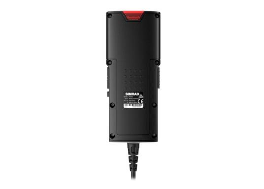 Bleiben Sie überall an Bord in Verbindung! An die UKW-Seefunkanlage RS100 von SIMRAD können bis zu acht Handgeräte und vier externe Lautsprecher angeschlossen werden. Das Bedienteil verfügt über eine inuitive Benutzeroberfläche und zeigt die wichtigsten Daten auf einem großen, gut lesbaren Display an. Im Lieferumfang ist ein kabelgebundenes Handgerät und ein Lautsprecher enthalten. (Bild 10 von 15)