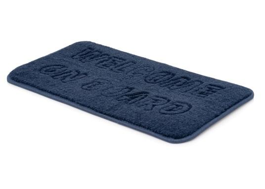 """Robuste Antirutschmatte mit freundlicher Aufschrift """"Welcome on Board"""". Die Fußmatte ist leicht zu reinigen, UV-beständig und wasserdicht. Abmessungen: 48 x 25 cm. (Bild 2 von 3)"""