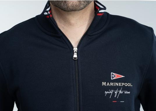 Confortevole, sportiva, elegante: la morbida giacca felpata da uomo HARRISON di marinepool si caratterizza per il suo materiale particolarmente comodo. (Immagine 7 di 11)