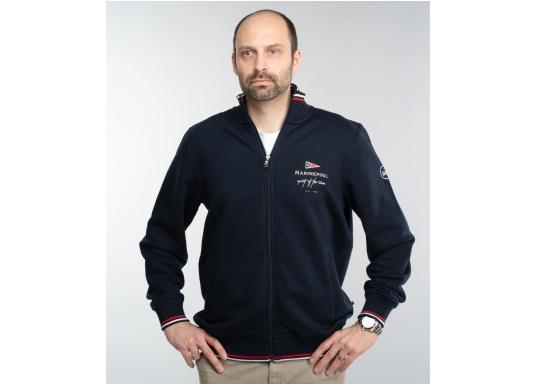 Confortevole, sportiva, elegante: la morbida giacca felpata da uomo HARRISON di marinepool si caratterizza per il suo materiale particolarmente comodo.