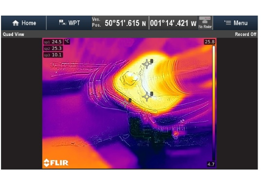 Die thermische Überwachungskamera AX8 überwacht die wichtigsten Geräte auf Ihrem Schiff.Falls die Temperatur von Maschinenteilen über voreingestellte Schwellenwerte steigt, werden unmittelbar akustische und visuelle Warnungen an Ihr Raymarine Multifunktionsdisplay gesendet.HINWEIS!Bei diesen Geräten handelt es sich um vom Hersteller werksüberholte Exemplare (zumeist Ausstellungsstücke) mit voller, zweijähriger Herstellergarantie. Weitere Informationen dazu finden Sie unten in der Produktbeschreibung. (Bild 15 von 15)