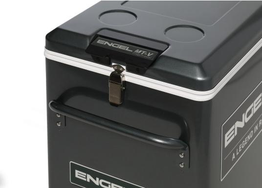 Extremely powerful and robust cooler, perfect for use on board or on the road. The new V-series features the proven, durable oscillating piston compressor and features edge protection and a new lockable closure. (Image 6 of 10)