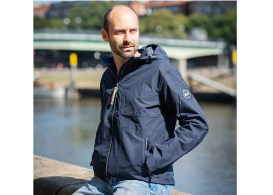 The MIKO men's crew jacket is a fashionable coat with optimal weather protection that is both waterproof and breathable. (Image 2 of 10)
