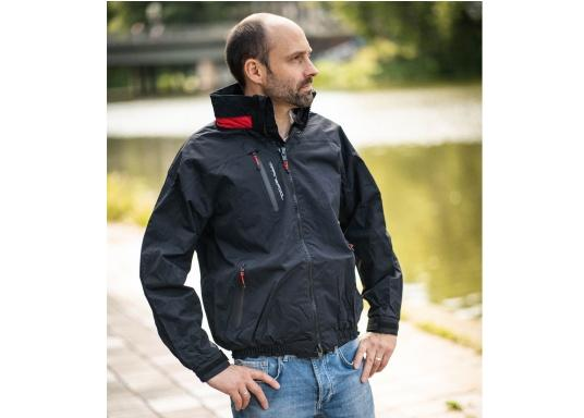 Highly functional club and sailing jacket made from a robust 2-layer material. The CRUISING jacket is made from a waterproof and breathable fabric and has also been protected with a DWR coating. (Image 2 of 12)