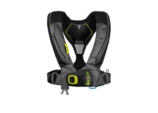 Die Automatik-Rettungsweste 6D von Spinlock kombiniert Komfort mit Funktionalität und ist optimal für den Langzeitgebrauch geeignet.Voll ausgestattet mit LED-Blitzlicht, Sprayhood, Schrittgurt, Signalflöte sowie D-Ring. Des Weiteren wird die Beweglichkeit dank der kompakten Beschaffenheit nicht eingeschränkt. Inklusive Harness Release System. Für Frauen und Männer ab 40 kg geeignet. Auftrieb: 170 N. (Bild 2 von 10)