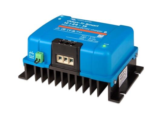 Das professionelle DC-DC Ladegerät ORION-TR SMART von Victron ist optimal für Doppelbatteriesysteme geeinget, bei denen die Lichtmaschine und die Starterbatterie zum Laden der Servicebatterie verwendet werden. Das Batterie-zu-Batterie-Ladegerät kann über Bluetooth überwacht, programmiert und über ein Fernschalter gesteuert werden.