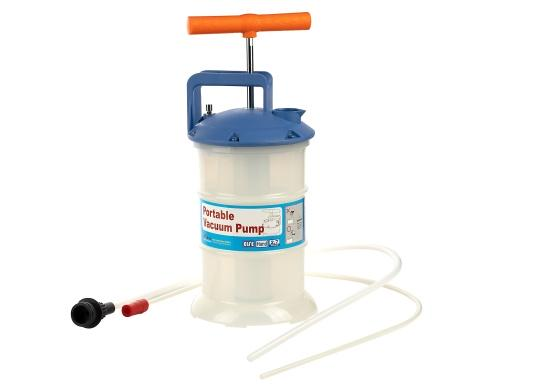 Universelle, einfach zu bedienende Absaugpumpe für Öle, Wasser und ähnliche Flüssigkeiten. Mithilfe von wenigen Hüben mit der Handpumpe wird ein Vakuum aufgebaut, das die Flüssigkeit in den Auffangbehälter saugt. Volumen: 2,7 Liter.