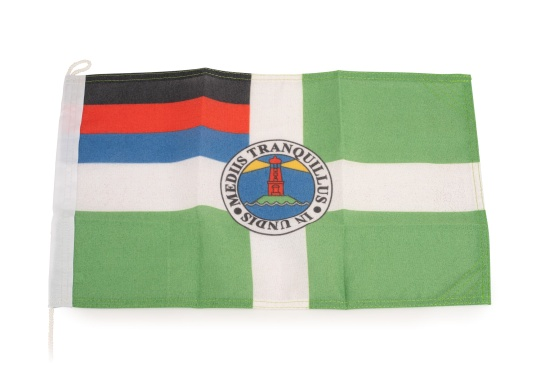 Robuste Nylon-Flaggen mit offiziellem Flaggen-Druck: Borkum. Hochwertige Verarbeitung mit 100%-Durchdruck, schnelle und einfache Befestigung.