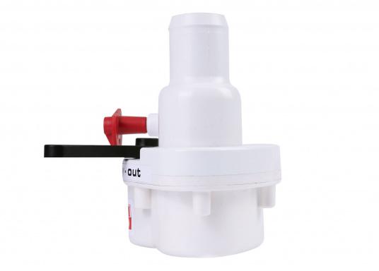 2-Wege-Ventil zur Direktmontage an allen manuellen RM 69 Toiletten.Sehr platzsparende Montage unmittelbar an den Handpumpen der Toilette.Im Lieferumfang ist ein Verschlussstopfen enthalten.  (Bild 2 von 4)