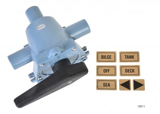 2-Wege-Ventil der Spitzenklasse zum Umschalten auf zwei verschiedene Bilgen oder zum Entleeren von zwei verschiedenen Tanks mit einer Pumpe. In zwei Ausführungen lieferbar: mit 25 oder 38 mm Anschlussstutzen.  (Bild 2 von 6)