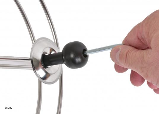 Sehr stabile Gurtbandspule für den Heck-Anker. Lieferung inklusive Halter, Führungsrolle und Gurtband (30 m oder 50 m). Alle Rollen sind mit einer Reibungsbremse versehen, die freies Abspulen verhindert.  (Bild 6 von 9)