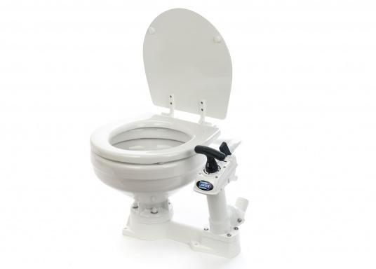 The on-board toilet Jabsco NEW STYLE comes with an improved pump. Ceramic bowl, robust seat and lid in white enamelled wood, base and pump made of plastic.