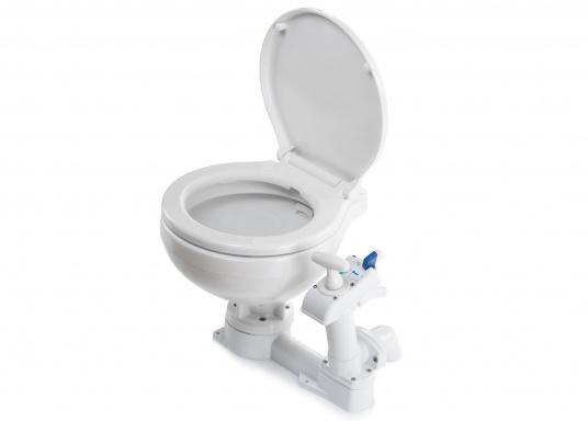 Bedienkomfort, zeitloses Design und innovative Technik! Das WC besticht durch ein Becken aus feinstem China-Porzellan, Sitz und Softclose-Deckel sind aus Kunststoff gefertigt.