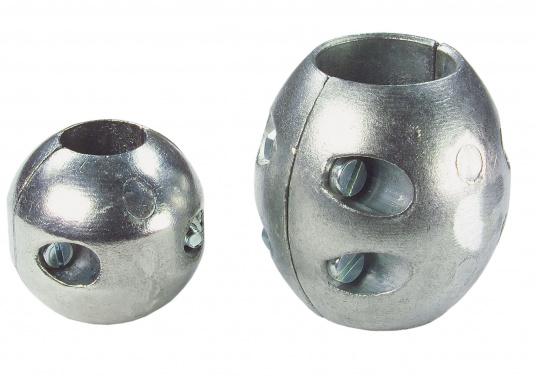 Zinkanoden schützen alle unter der Wasserlinie (Bootsrumpf) befindlichen Metallteile vor Korrosion.Für gewöhnlich müssen die Anoden einmal pro Saison gewechselt werden.Diese Wellenanoden sind in verschiedenen Größen erhältlich.