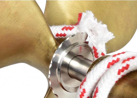 Wirksamer Schutz für Ihren Propeller. Tauwerk, Drähte und Plastik haben keine Chance mehr, sich um den Propeller zu wickeln. Der Tau-Schneider aus Niro schneidet sogar Drähte bis zu 5 mm Dicke einfach durch.  (Bild 3 von 6)