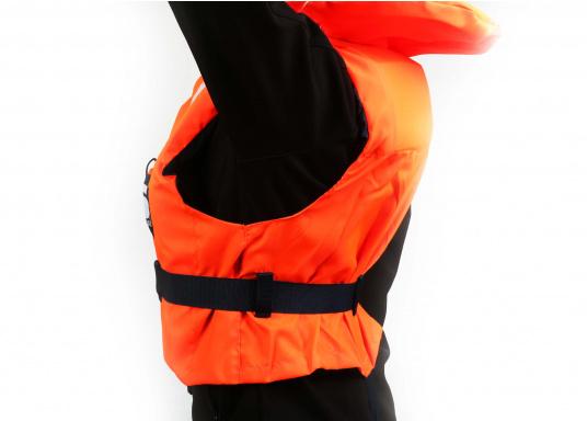 Gilet de sauvetage de qualité et confortable à porter. Fabriqué aux standards CE. Disponible en plusieurs tailles en fonction du poids de l'utilisateur. (Image 9 de 9)