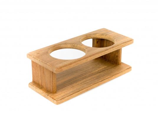 Schicker Glashalter aus hochwertigem Teakholz geeignet für 2 Gläser. DerLochdurchmesser beträgt70 mm. Länge: 220 mm.