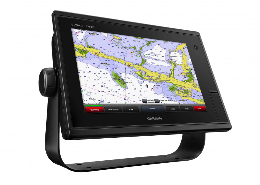GARMIN  CARD READER WITH TRIM RING AND FASTENERS